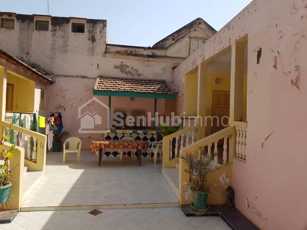 Vente maison sur l'ile de gorée - SenhubImmo.com