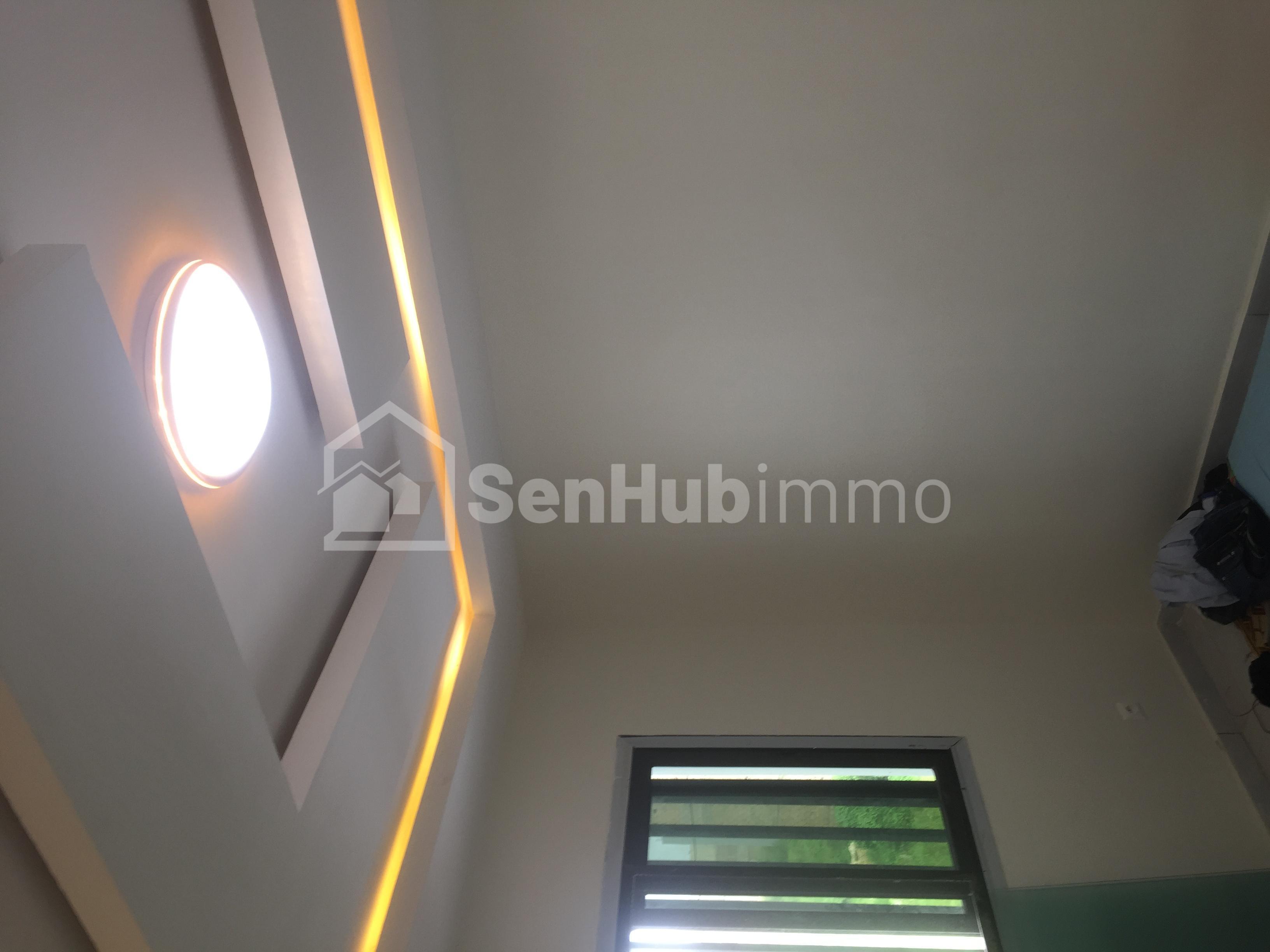 Luxueux appartement neuf de 3chambres salon a louer a keur massar alemadie 2 - SenhubImmo.com