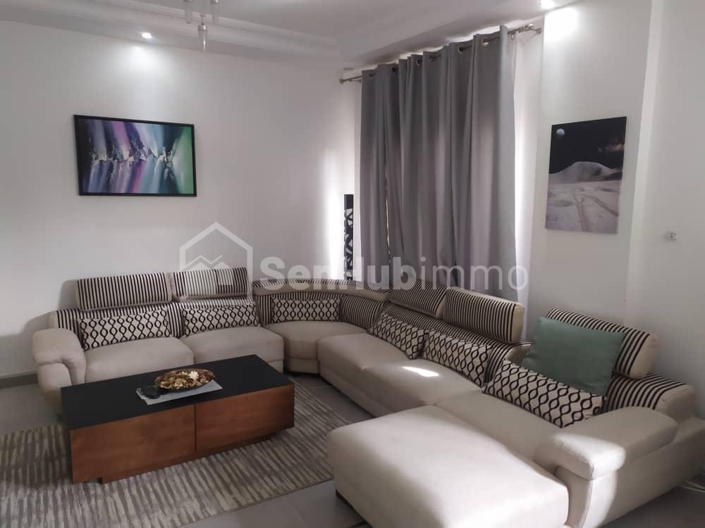 Studio meublé à louer aux Almadies - SenhubImmo.com