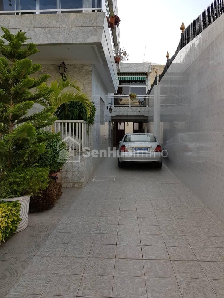 une villa à louer - SenhubImmo.com