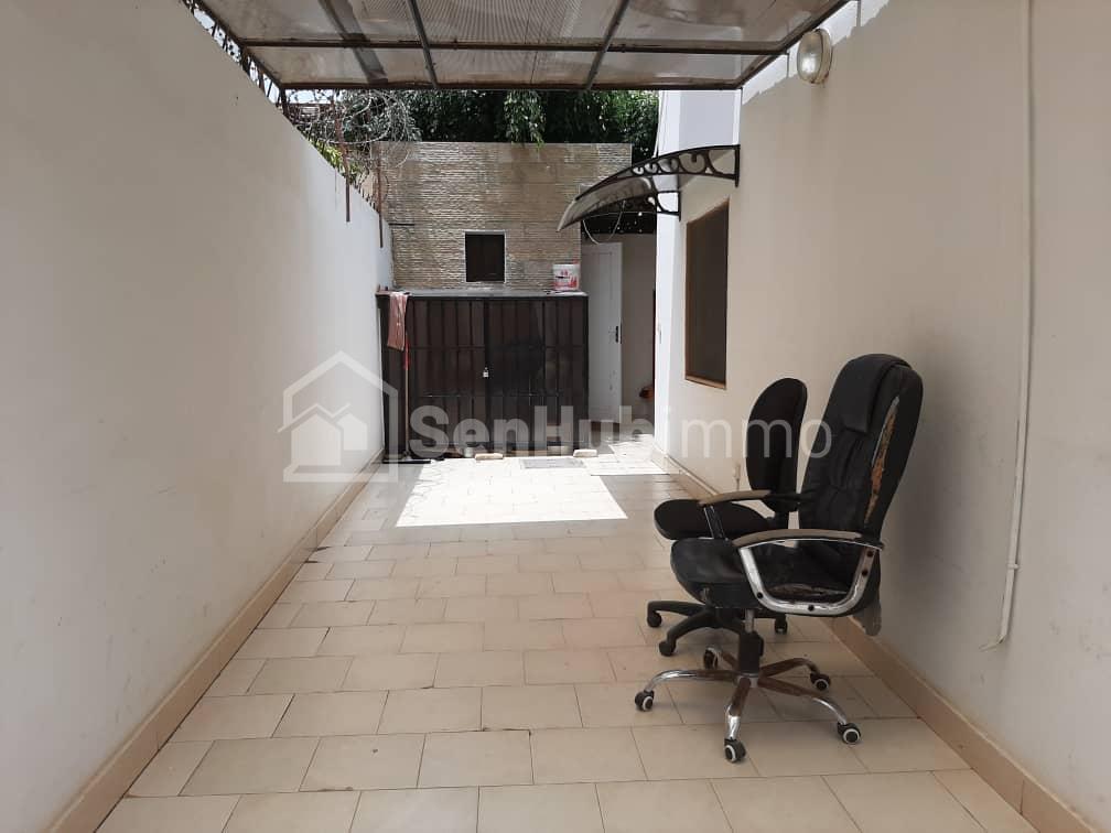 Maison à louer mermoz - SenhubImmo.com