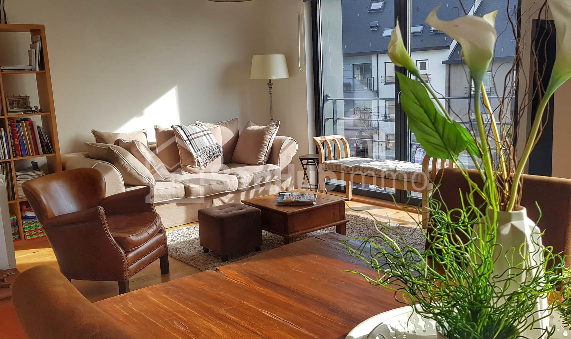 Appartement meublé à louer aux almadies 45 000 F Cfa Publiée il y a 46 jours - SenhubImmo.com